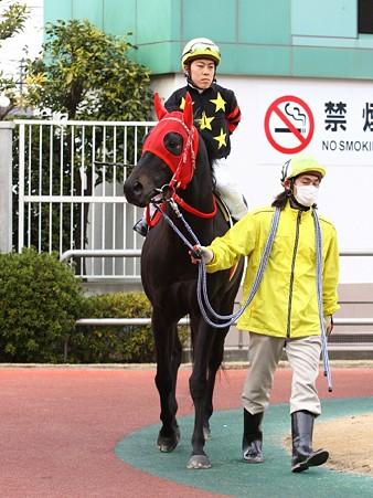 120301未来賞-田中涼騎手-エーシンカリオーン-01