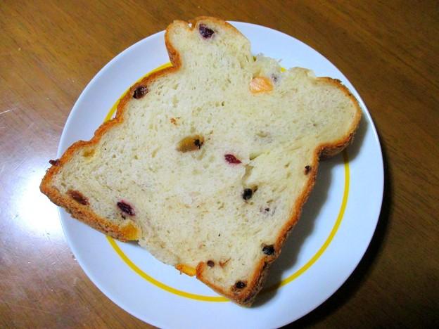 フルーツパン…