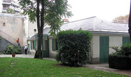 800px-Maison_Balzac_Paris