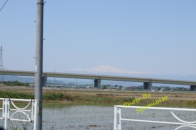 名峰 月山 山形市内から望む
