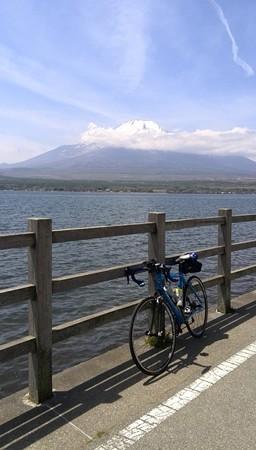 富士山と山中湖。いつもの定点。