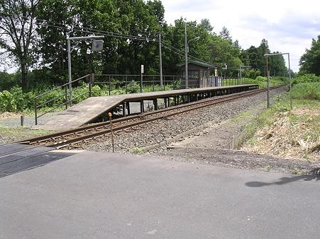 羽帯駅ホーム1