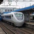 Photos: 681系