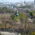 写真: 東山給水塔の一般公開 No - 053:展望階から見た景色(日泰寺の慰霊碑)
