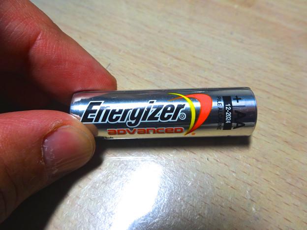 「Magic Trackpad」の電池交換 No - 4:最初から入ってた電池