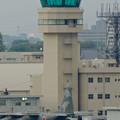 写真: エアポートウォーク名古屋:展望デッキから見た、小牧基地の管制塔 - 2