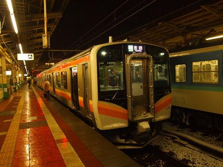 E129系普通 越後線新潟駅02
