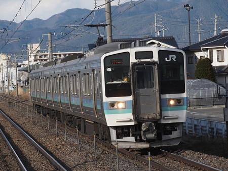 211系普通篠ノ井線平田駅01