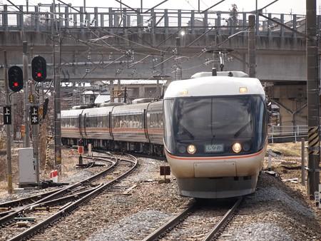 383系特急しなの 篠ノ井線聖高原駅