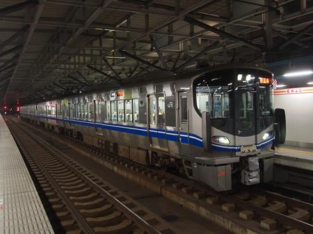 521系 北陸本線福井駅03