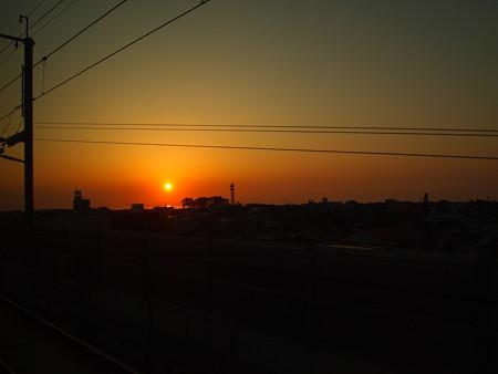 新幹線から眺める日本海の夕日03