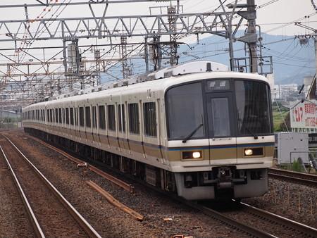 221系普通 東海道本線南草津駅02