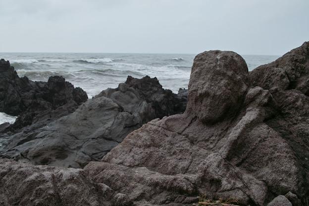 日本海と羅漢像
