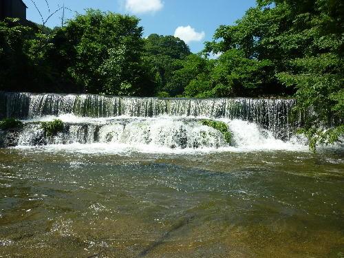 小矢部市の観光地、宮島峡の滝