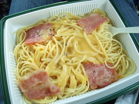 濃厚チーズのカルボナーラ。