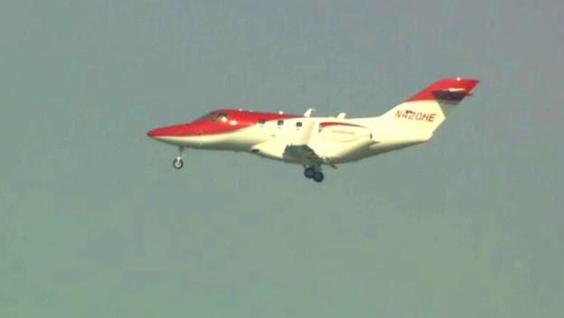 ホンダジェット日本の空を初飛行