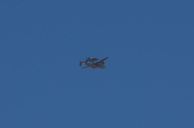 アメリカ海軍早期警戒機ホークアイ