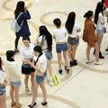 Photos: 今日の一押し小姐 4-8 大陸美脚コンテスト はずれもあるけど(笑) (2)
