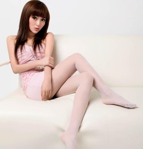 今日の一押し小姐 5-30 長くきれいな足 太もももステキ(笑) (1)