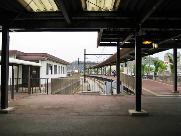 宇野駅ホーム
