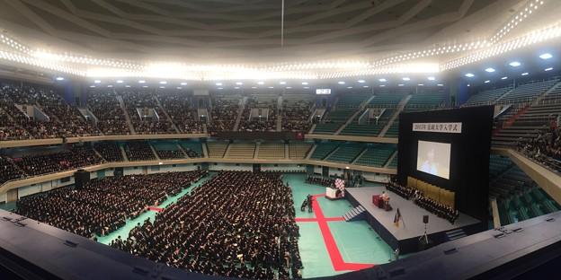 150403 法政大学入学式