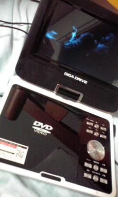 写真: DVDプレイヤー借りたから...