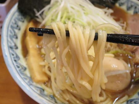 麺屋蕪村 特製蕪村そば 麺アップ