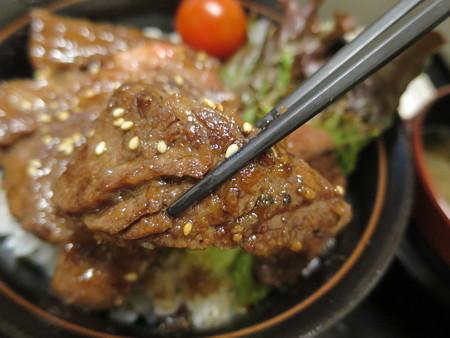 粋菜庵しなの 米沢牛焼肉丼(全国ご当地どんぶりまつり限定) 肉アップ