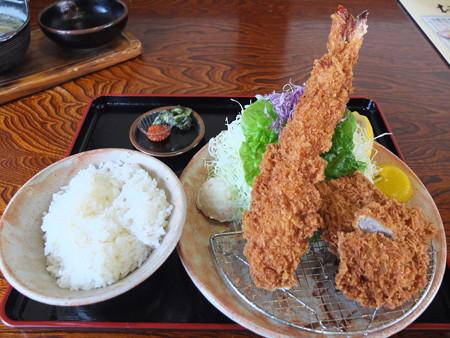 銭形 寺島店 大エビヒレ定食(味噌汁抜き)¥1980