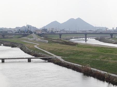 飯塚市忠隈のボタ山
