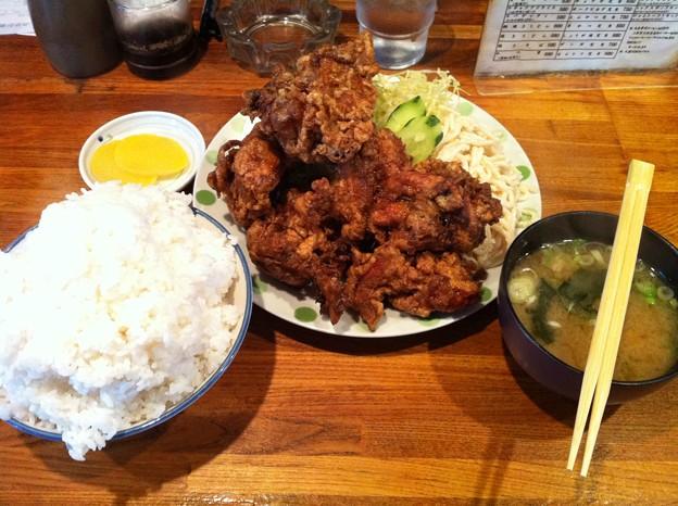 写真: 亜珈里 ザンギ定食大盛り