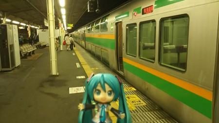 ミク:「なんとか 114分遅れで、熱海駅に着きましたね。ここからどうな...
