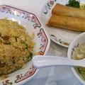写真: 今日の夕飯は、池袋東口の餃...