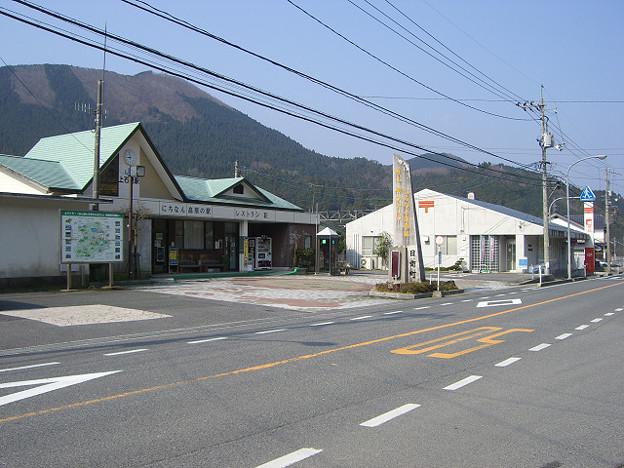 r3212_上石見駅と上石見郵便局_鳥取県日野郡日南町