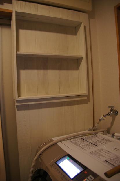 脱衣室板壁収納
