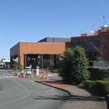 静岡県磐田市の市民文化会館と文化振興センター。(2015年)