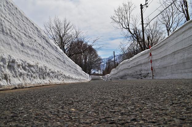 150328雪の壁01