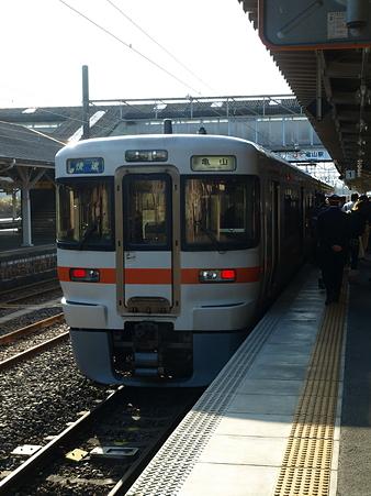 亀山駅32
