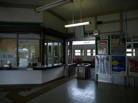 烏山駅34