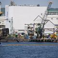 Photos: こっそり潜水艦が