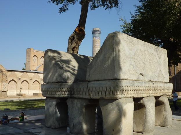 書見台 サマルカンド Stone stand Koran,Bibi-Khanym Mosque