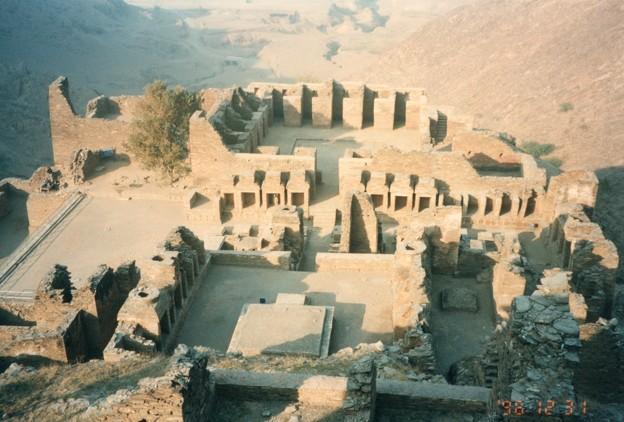 ガンダーラ  山岳僧院~タフテ・バヒー Buddhist Ruins of Takht-i-Bahi
