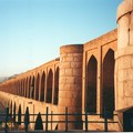 33橋とザーヤンデ川,イラン Siosepol bridge over Zayandeh River,Iran