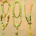 写真: ネックレス系数珠アクセサリー。