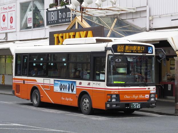 東武バス 2742号車