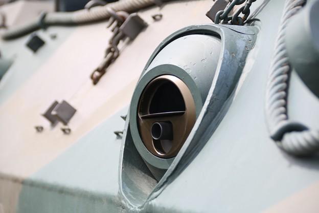 89式装甲戦闘車 銃眼