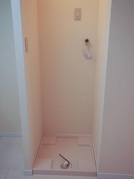 202号室~洗濯機置場