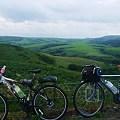 宗谷丘陵。遠くに風車。