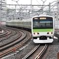 Photos: 山手線E231系
