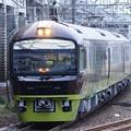 Photos: 小山12番に進入する臨時快速リゾート那須野満喫号9522M八王子行き夕刻の